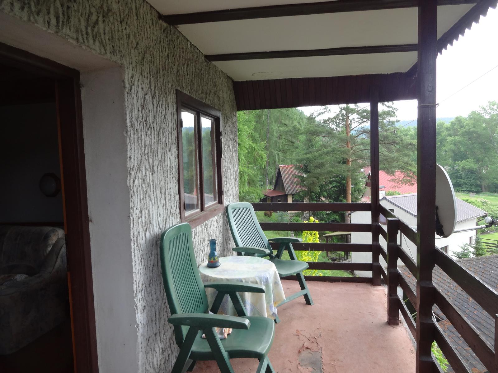 Balkón 2.